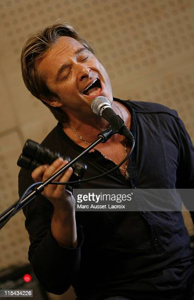 French Singer David Hallyday during his show case at Fnac store SaintLazare in Paris France on September 20 2007