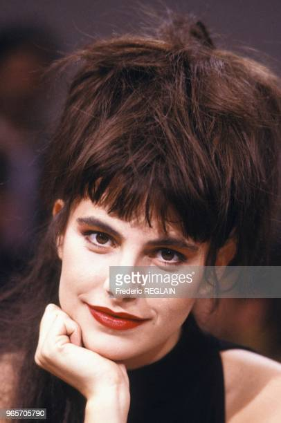 French singer Lio portrait session during French TV show 'Le Grand Echiquier' on November 19 1986 in Paris France