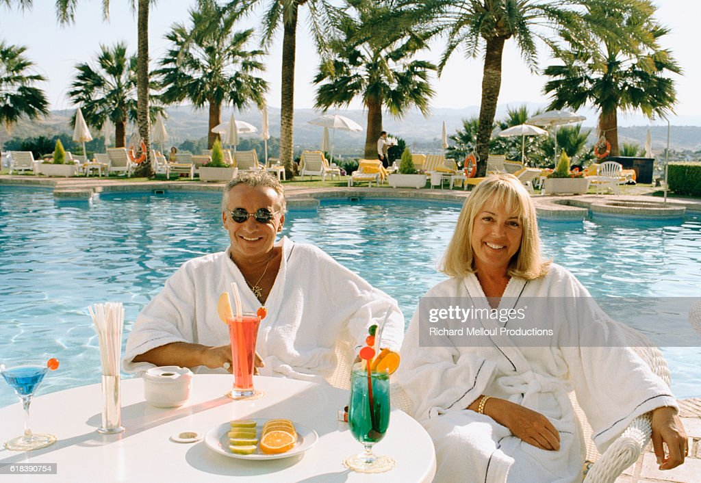 Michel Sardou and His Wife Babette in Spain : Photo d'actualité