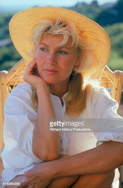 French singer Michele Torr is in Luberon preparing a book on Provencal cooking. The book is entitled La Cuisine de Ma Mere.