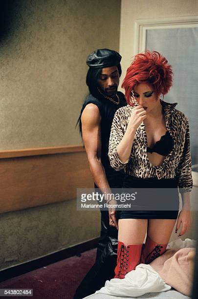 French singer Mylène Farmer and actor Giancarlo Esposito who is half AfricanAmerican half Italian on the set of the video clip California by American...
