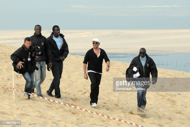French Singer Pascal Obispo attends the gathering for the planet organised by Gulli TV on Dune du Pilat at Le Pilat on April 22 2009 Le Pilat France
