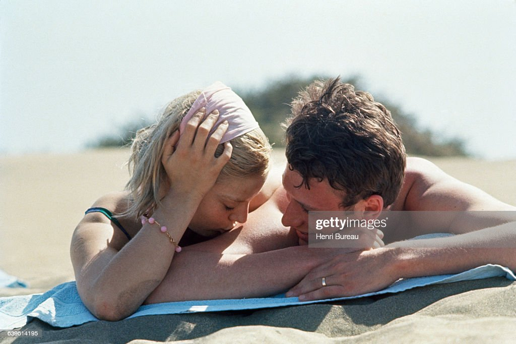 French Singer Sylvie Vartan and Singer and Actor Johnny Hallyday : News Photo