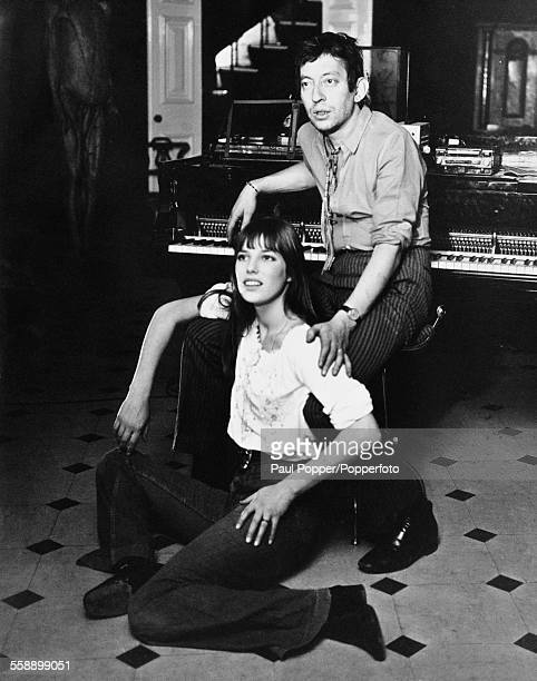 French singer-songwriter Serge Gainsbourg with English singer and actress Jane Birkin, 4th February 1970.