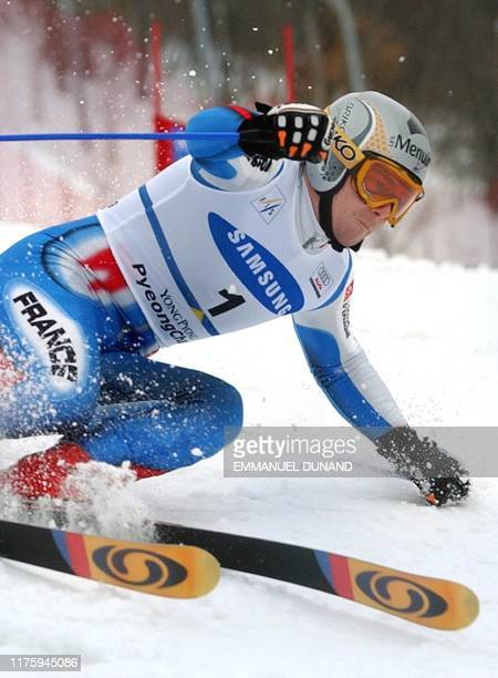French skier Frederic Covili powers his way to second place 01 March 2003 during the World Cup Men's Giant Slalom in Yongpyong some 250 kilometres...