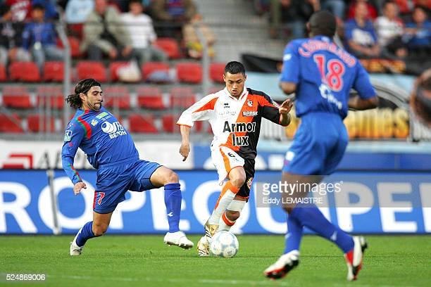 French soccer championships Ligue 2 , season 2005-2006. US Creteil vs FC Lorient. Mario Jorge Amora Loja and Karim Ziani .