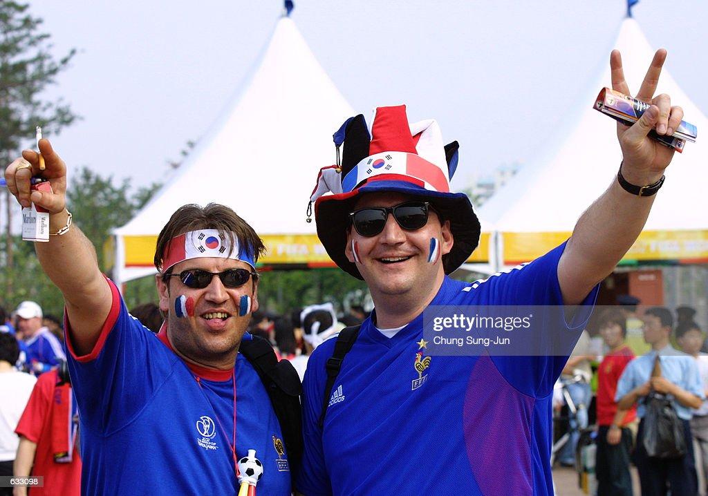 176f48c5b75 French soccer fans enjoy the atmosphere before the France v Senegal ...