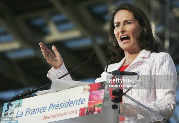 French socialist presidential candidate Segolene Royal gives a speech during a campaign rally on May 1 2007 in Charlety Stadium in Paris France The...