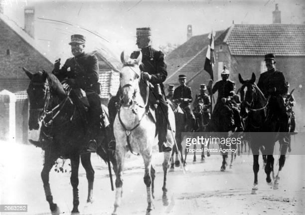 French soldier Noel Marie Joseph Edouard Castelnau Vicomte de Curieres de Castelnau on horseback Original Publication People Disc HC0485