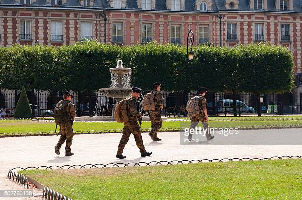 french soldiers patrol - french army stock pictures, royalty-free photos & images
