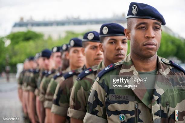 soldats français - armée photos et images de collection