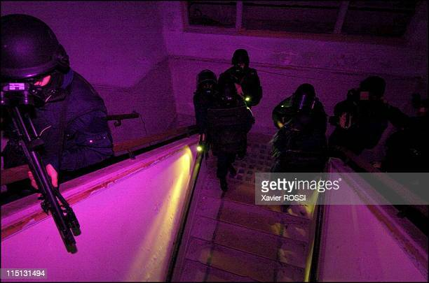French special forces in France in 2004 Night storming for hostage rescue