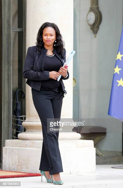 French Sports Minister Laura Flessel leaves the Elysee Presidential Palace after the second weekly cabinet meeting on May 24 2017 in Paris France...