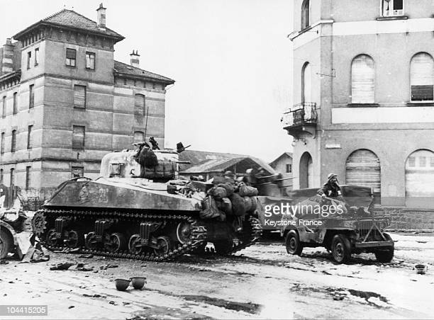 French tank entering the town of Colmar to look for injured Germans in January 1945