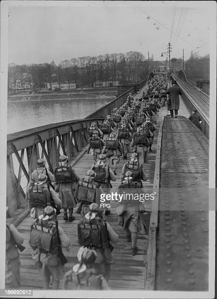 French troops crossing the German Rhine river at the end of World War One Germany 19181919