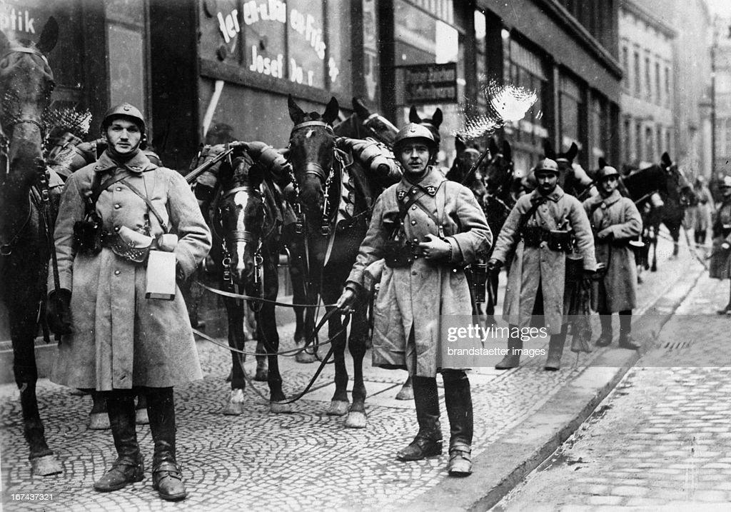French troops in Essen 1923 (Occupation of the Rhineland). 1923. Photograph. (Photo by Imagno/Getty Images) Französische Truppen in Essen 1923 (Allierte Rheinlandbesetzung). 1923. Photographie.