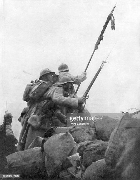 French troops with their regimental flag the 2nd Battle of Champagne France 25 September 1915 The French launched an offensive in Champagne on 25...