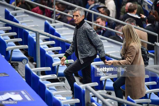 French tv presenter Nagui and his wife Melanie Page after the Fifa 2018 World Cup qualifying match between France and Belarus on October 10 2017 in...
