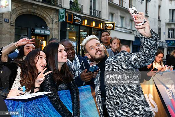 French voice of the movie Matt Pokora attends 'Les Trolls' Paris Premiere at Le Grand Rex on October 12 2016 in Paris France