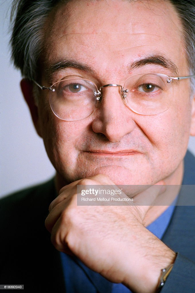 French Writer Jacques Attali : Photo d'actualité