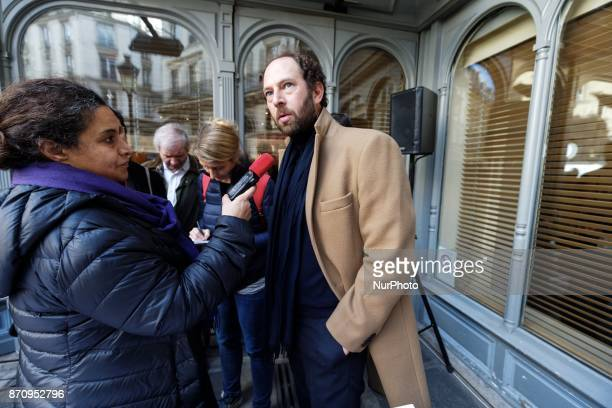 French writer Olivier Guez addresses the press at the restaurant Drouant in Paris France on November 6 2017 Olivier Guez wins the Renaudot prize for...