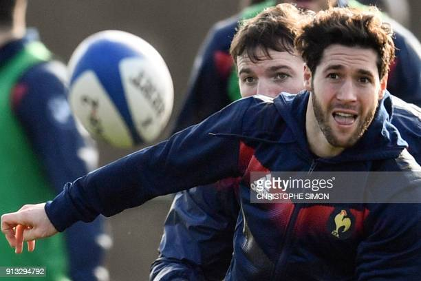 French XV de France scrumhalf Maxime Machenaud takes part in the captain run in Marcoussis on February 2 2018 on the eve of the Six Nations rugby...