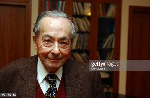 French-born US writer, scholar, critic and philosopher George Steiner poses for a photo on January 05, 2005 in Jerusalem, Israel.