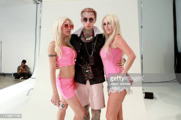 Frenchy Morgan Chris Lavish and Electric Barbie pose backstage for Bailuyu By Fu Wenjie during New York Fashion Week The Shows on September 10 2019...