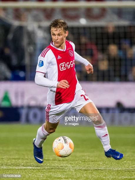 Frenkie de Jong of Ajax during the Dutch Eredivisie match between PEC Zwolle and Ajax Amsterdam at the MAC3Park stadium on December 08 2018 in Zwolle...