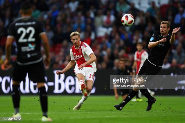 Frenkie de Jong of Ajax shoots on goal during the Eredivisie match between Ajax and Emmen at Johan Cruyff Arena on August 25 2018 in Amsterdam...