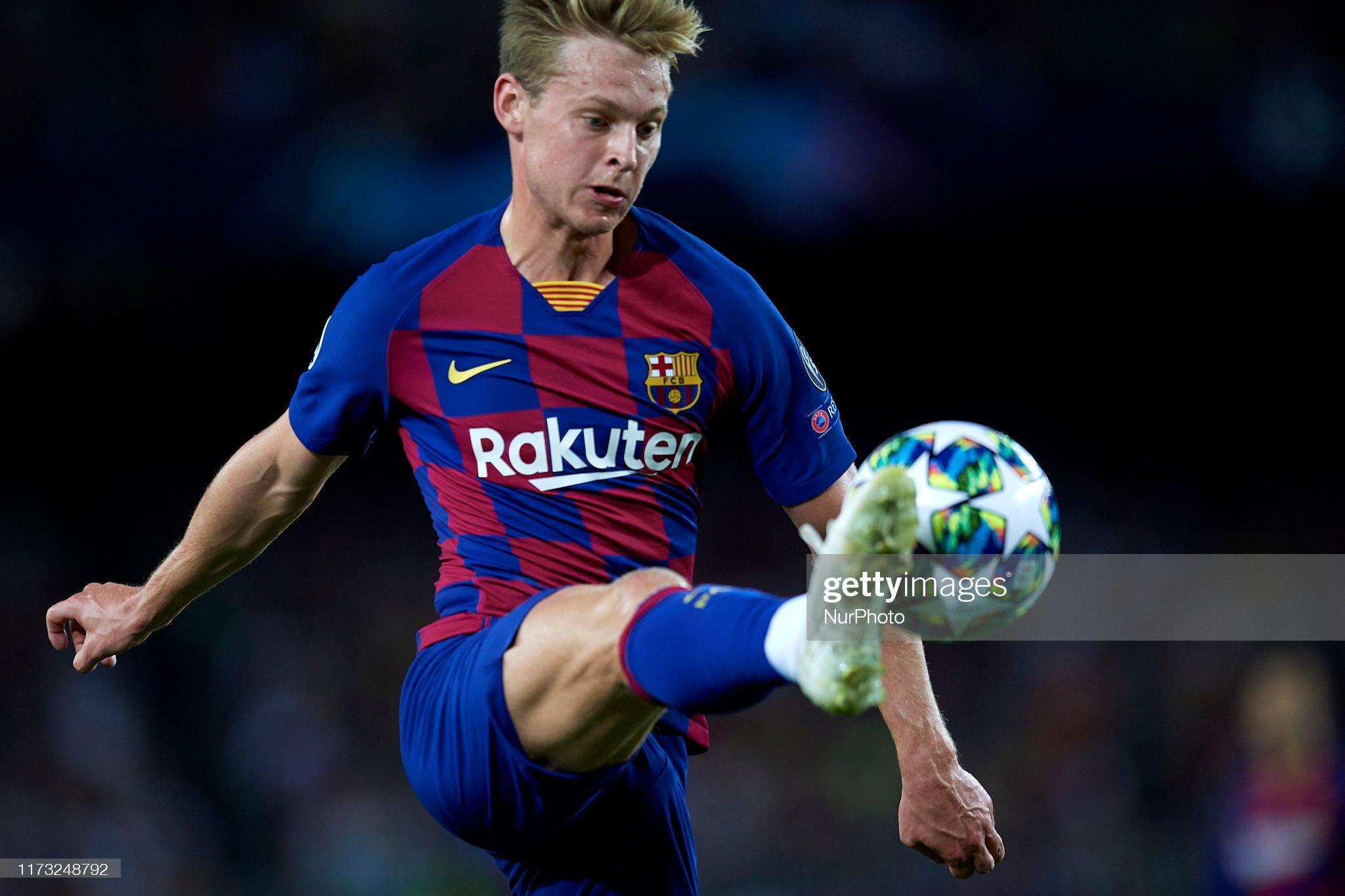 صور مباراة : برشلونة - إنتر 2-1 ( 02-10-2019 )  Frenkie-de-jong-of-barcelona-controls-the-ball-during-the-uefa-f-picture-id1173248792?s=2048x2048