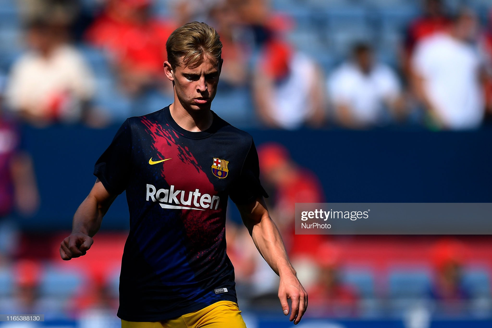 صور مباراة : أوساسونا - برشلونة 2-2 ( 31-08-2019 )  Frenkie-de-jong-of-barcelona-during-the-warmup-before-the-liga-match-picture-id1165388130?s=2048x2048