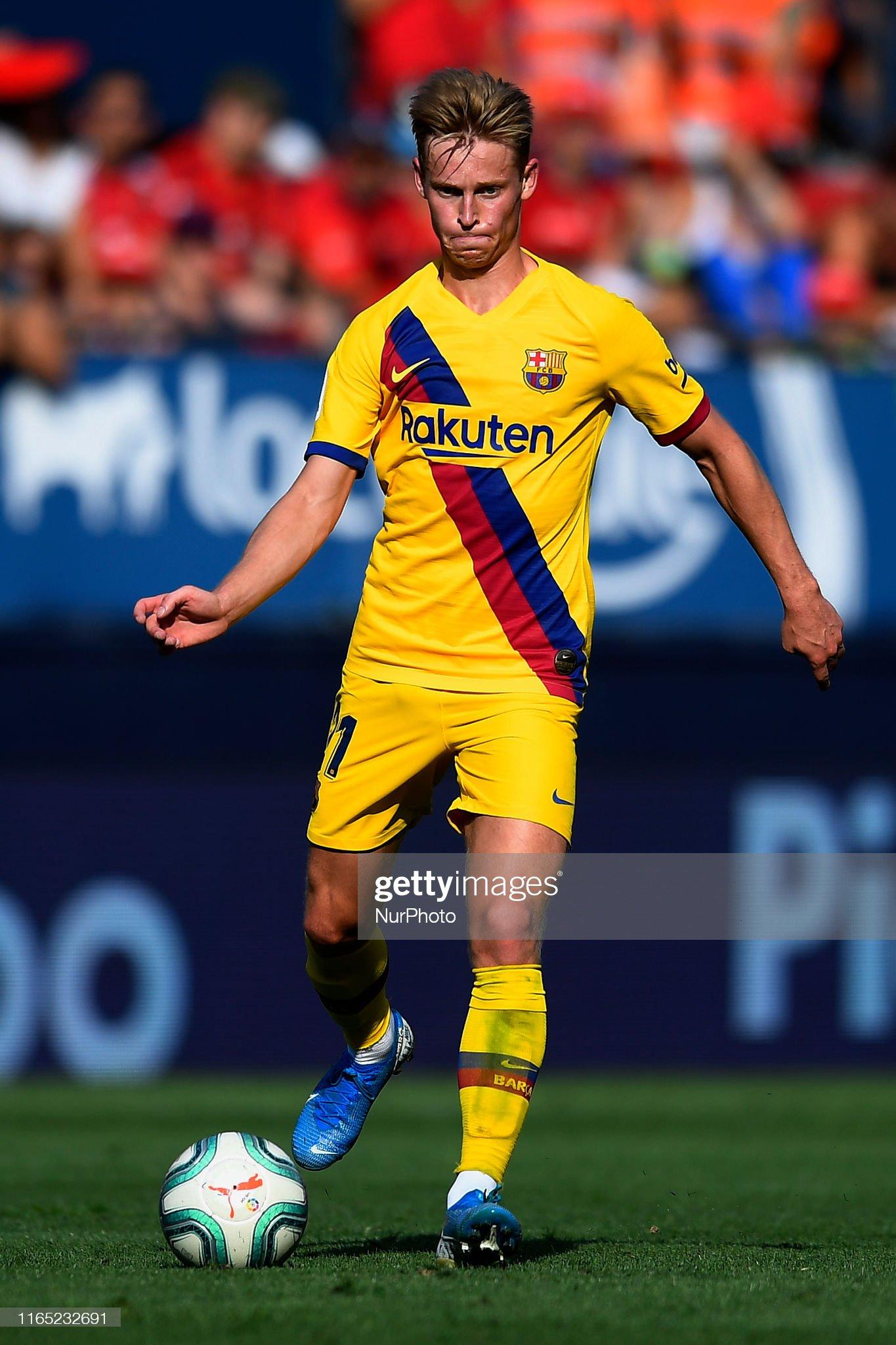 صور مباراة : أوساسونا - برشلونة 2-2 ( 31-08-2019 )  Frenkie-de-jong-of-barcelona-in-action-during-the-liga-match-between-picture-id1165232691?s=2048x2048