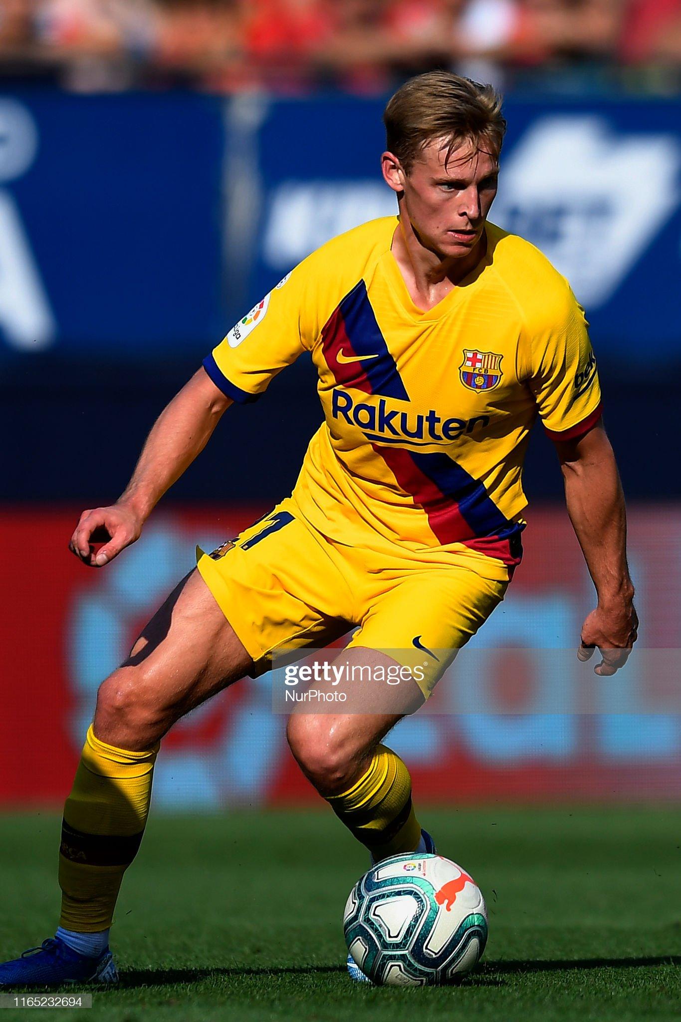 صور مباراة : أوساسونا - برشلونة 2-2 ( 31-08-2019 )  Frenkie-de-jong-of-barcelona-in-action-during-the-liga-match-between-picture-id1165232694?s=2048x2048