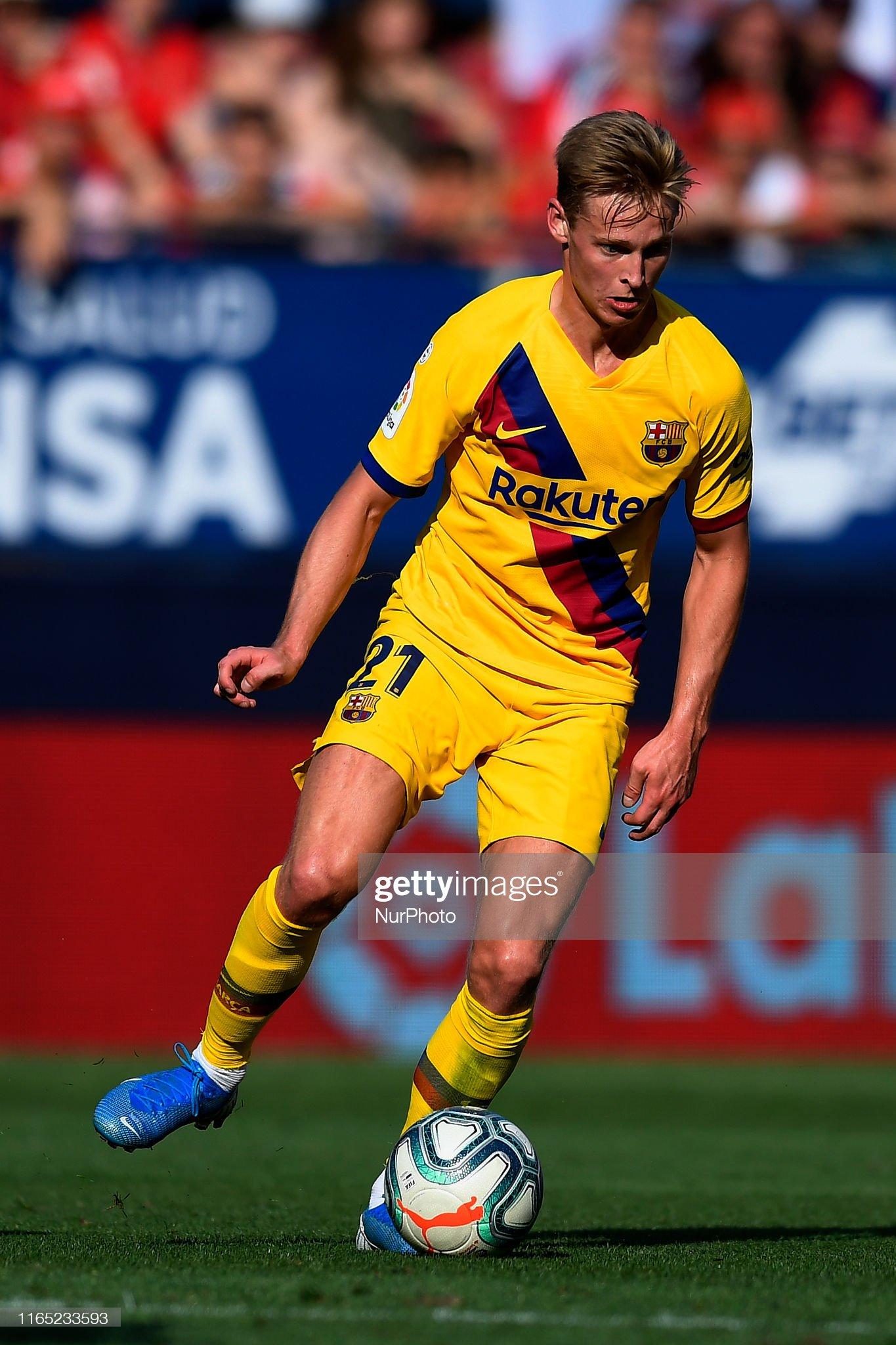 صور مباراة : أوساسونا - برشلونة 2-2 ( 31-08-2019 )  Frenkie-de-jong-of-barcelona-in-action-during-the-liga-match-between-picture-id1165233593?s=2048x2048