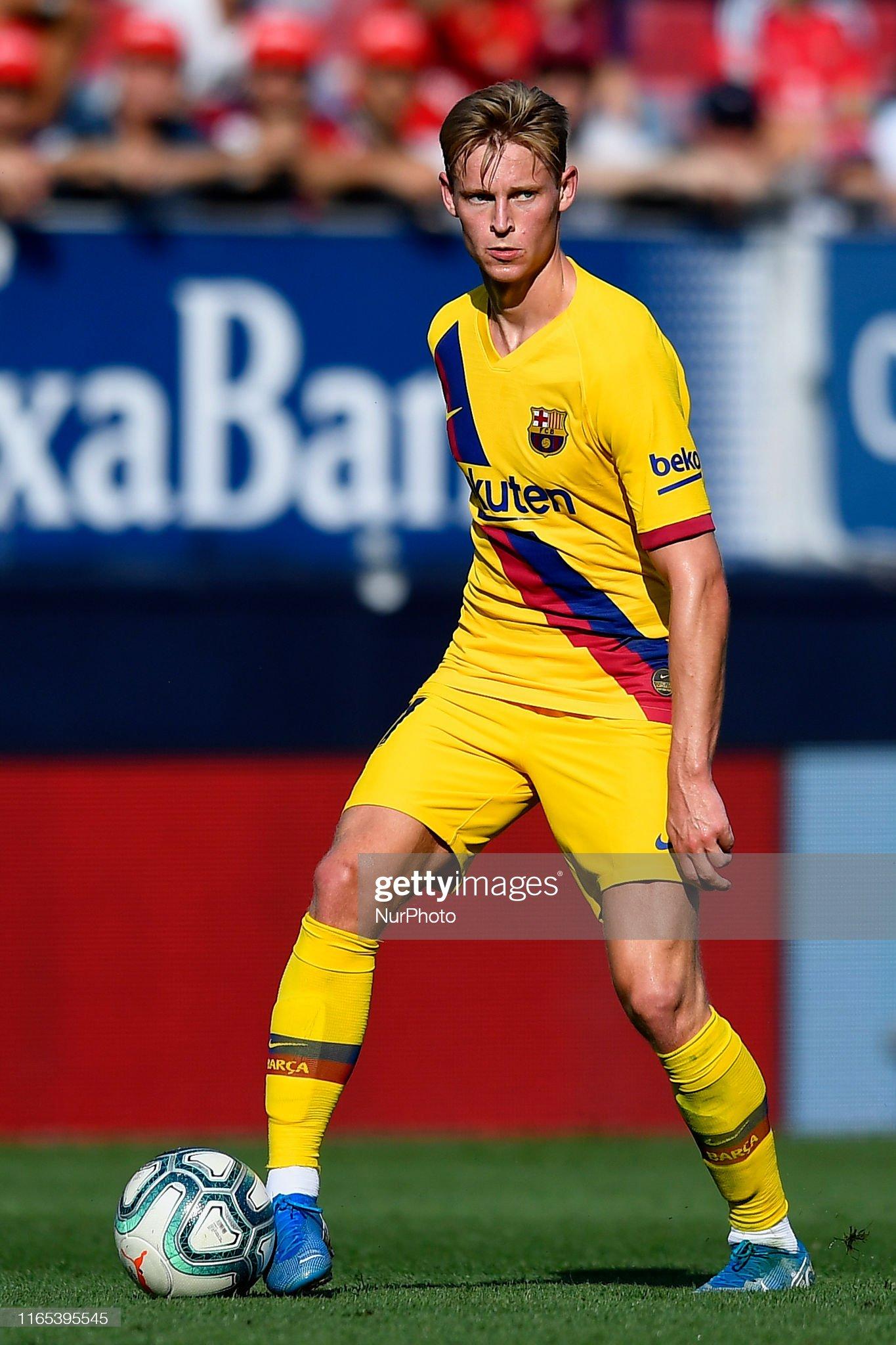 صور مباراة : أوساسونا - برشلونة 2-2 ( 31-08-2019 )  Frenkie-de-jong-of-barcelona-in-action-during-the-liga-match-between-picture-id1165395545?s=2048x2048