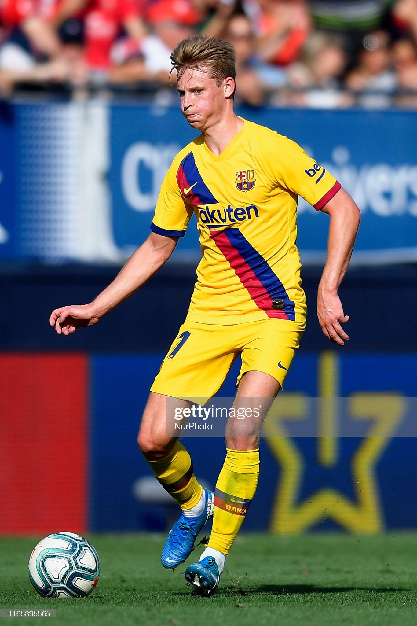 صور مباراة : أوساسونا - برشلونة 2-2 ( 31-08-2019 )  Frenkie-de-jong-of-barcelona-in-action-during-the-liga-match-between-picture-id1165395565?s=2048x2048