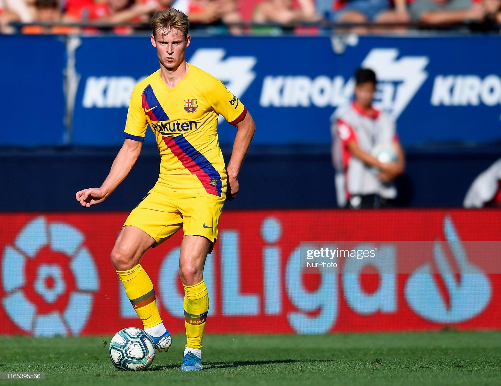 صور مباراة : أوساسونا - برشلونة 2-2 ( 31-08-2019 )  Frenkie-de-jong-of-barcelona-in-action-during-the-liga-match-between-picture-id1165395566?s=2048x2048
