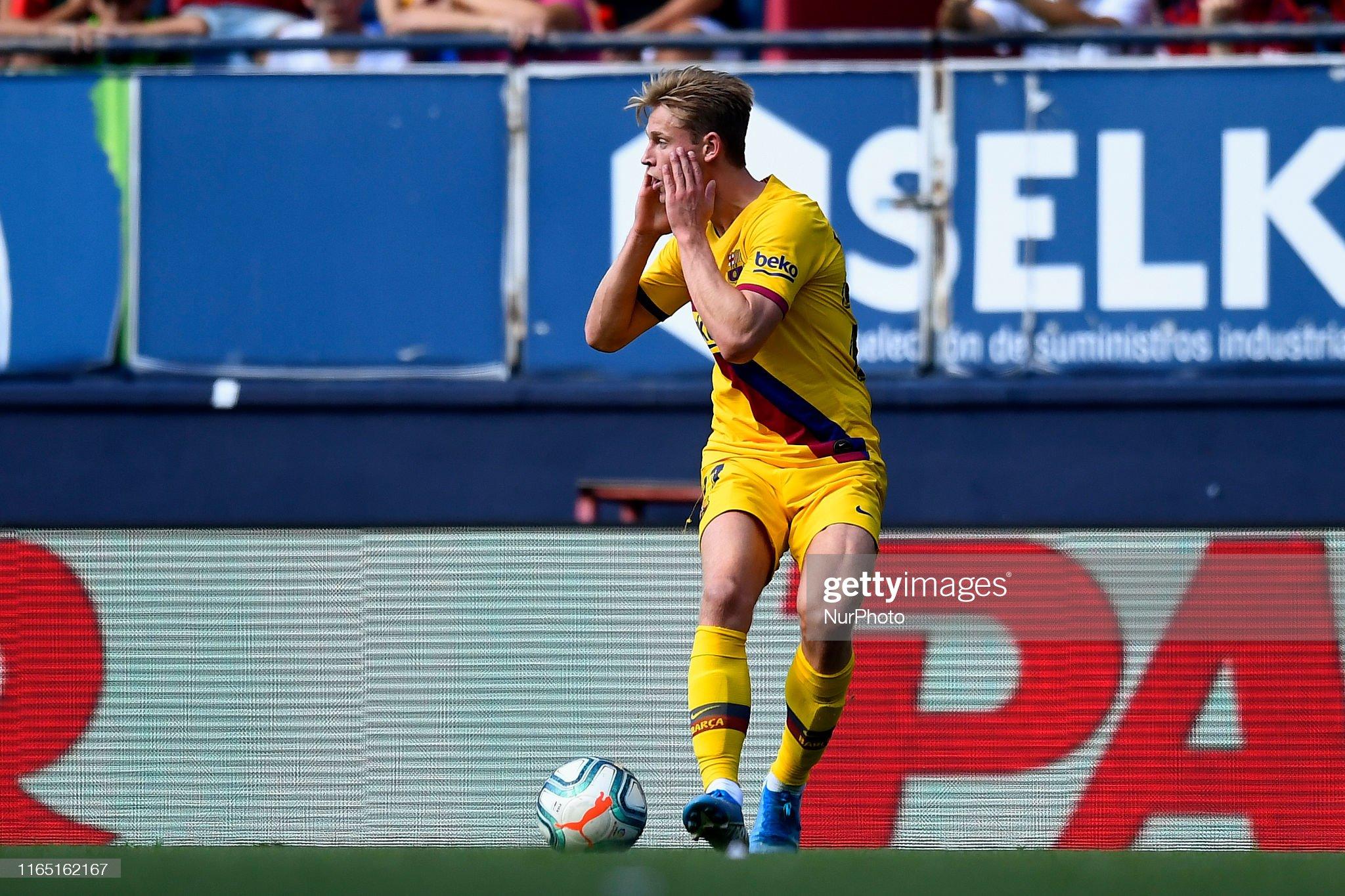 صور مباراة : أوساسونا - برشلونة 2-2 ( 31-08-2019 )  Frenkie-de-jong-of-barcelona-reacts-during-the-liga-match-between-ca-picture-id1165162167?s=2048x2048