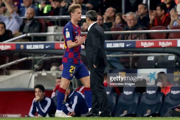 Frenkie de Jong of FC Barcelona, coach Ernesto Valverde of FC Barcelona during the La Liga Santander match between FC Barcelona v Real Valladolid at...