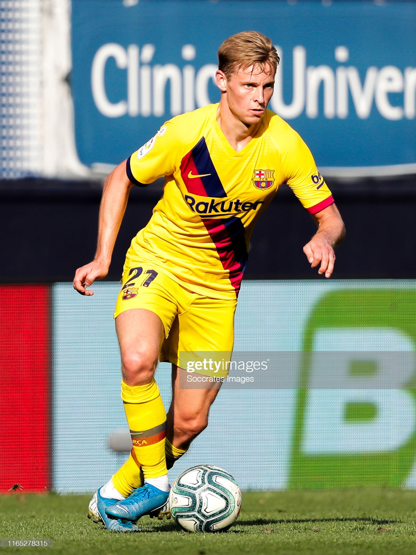 صور مباراة : أوساسونا - برشلونة 2-2 ( 31-08-2019 )  Frenkie-de-jong-of-fc-barcelona-during-the-la-liga-santander-match-picture-id1165278315?s=2048x2048