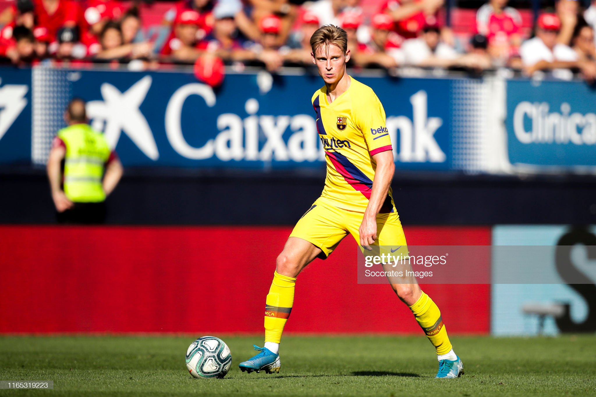 صور مباراة : أوساسونا - برشلونة 2-2 ( 31-08-2019 )  Frenkie-de-jong-of-fc-barcelona-during-the-la-liga-santander-match-picture-id1165319223?s=2048x2048