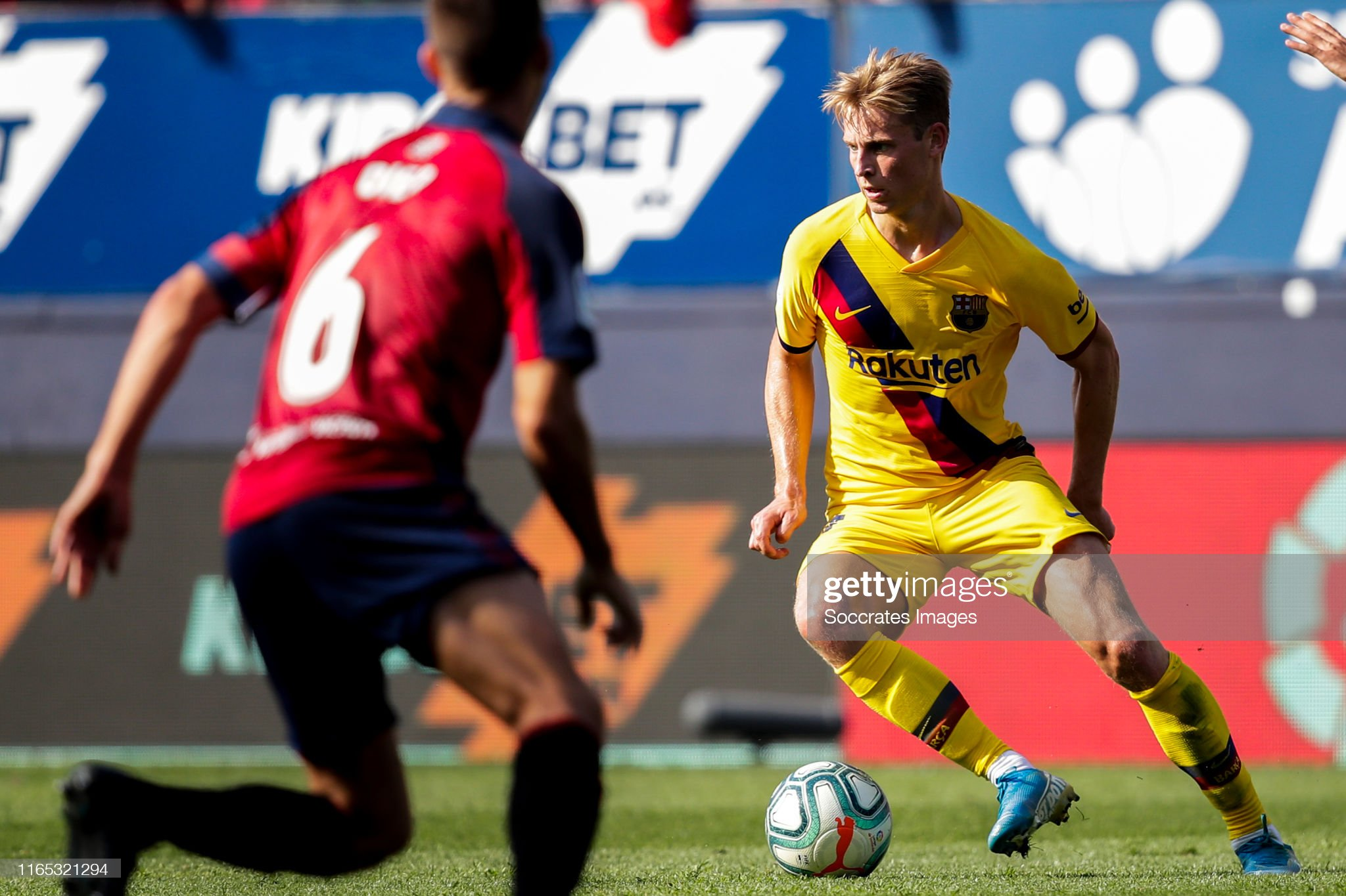 صور مباراة : أوساسونا - برشلونة 2-2 ( 31-08-2019 )  Frenkie-de-jong-of-fc-barcelona-during-the-la-liga-santander-match-picture-id1165321294?s=2048x2048