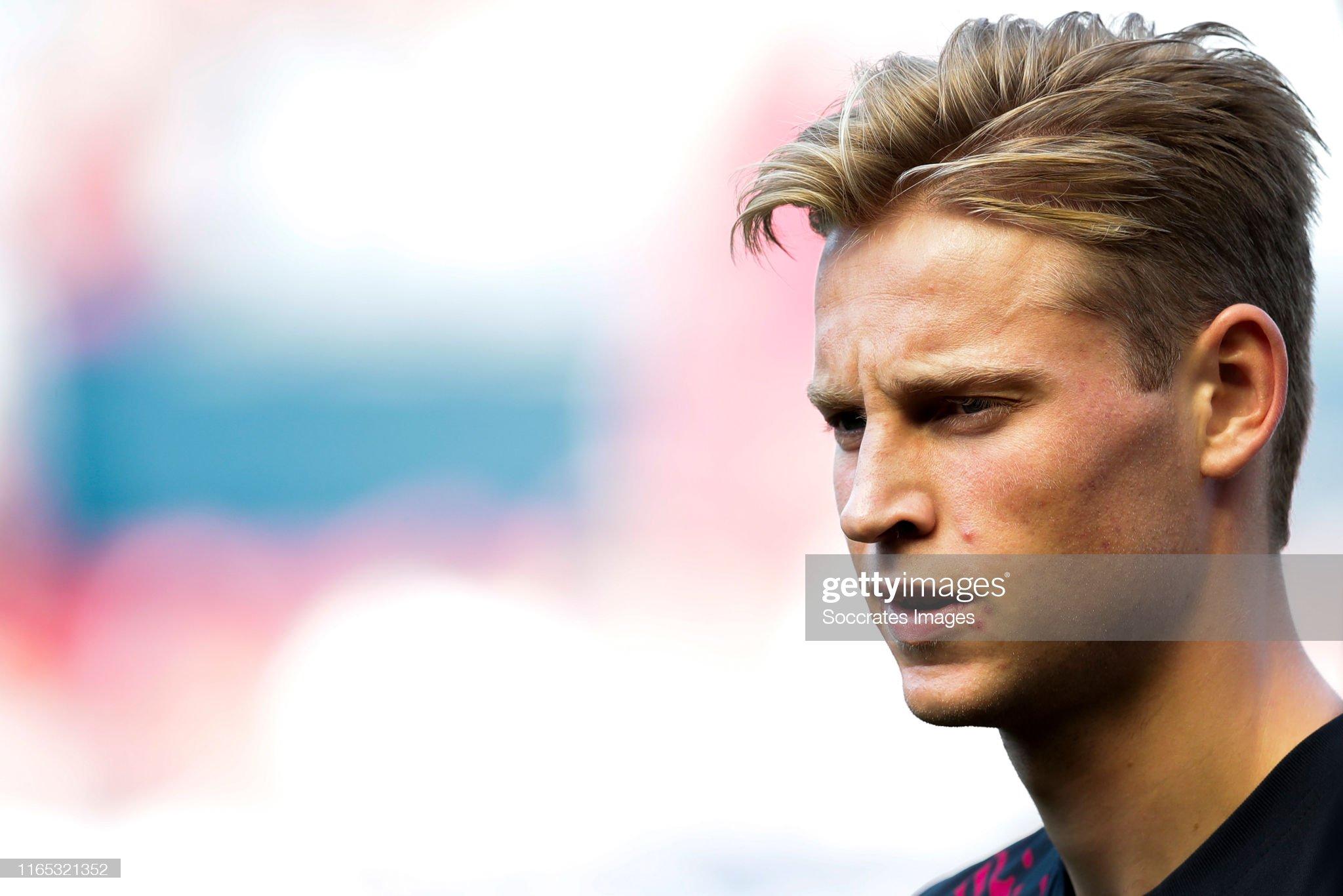صور مباراة : أوساسونا - برشلونة 2-2 ( 31-08-2019 )  Frenkie-de-jong-of-fc-barcelona-during-the-la-liga-santander-match-picture-id1165321352?s=2048x2048
