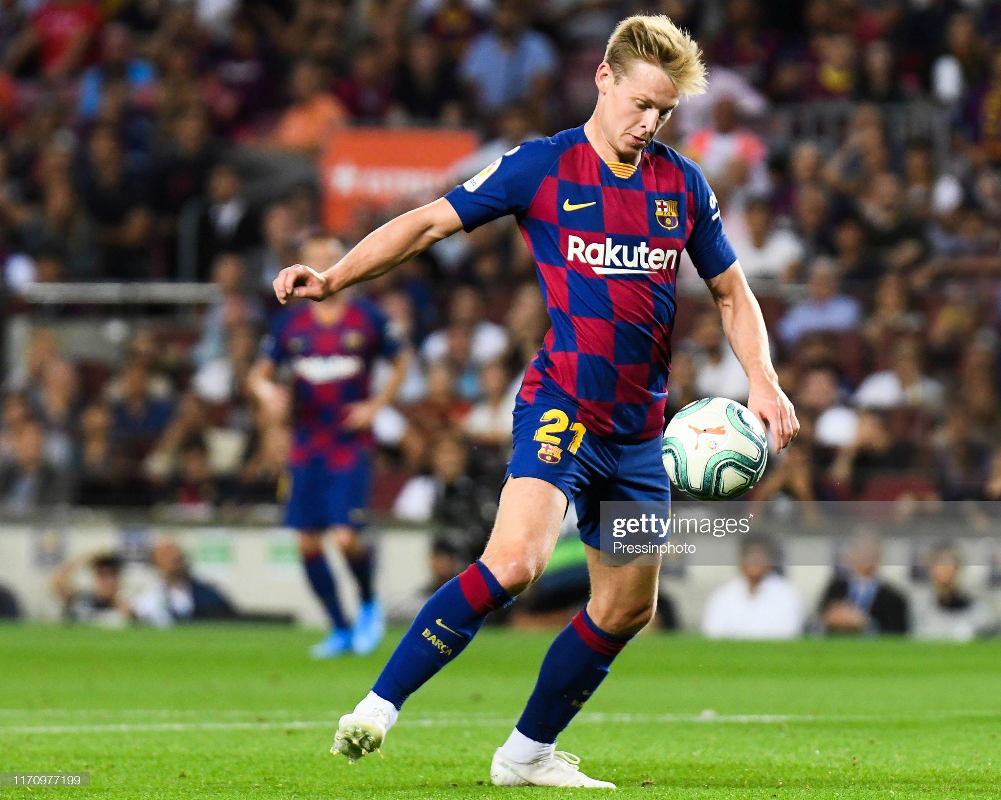 صور مباراة : برشلونة - فياريال 2-1 ( 24-09-2019 )  Frenkie-de-jong-of-fc-barcelona-during-the-liga-match-between-and-picture-id1170977199?s=2048x2048