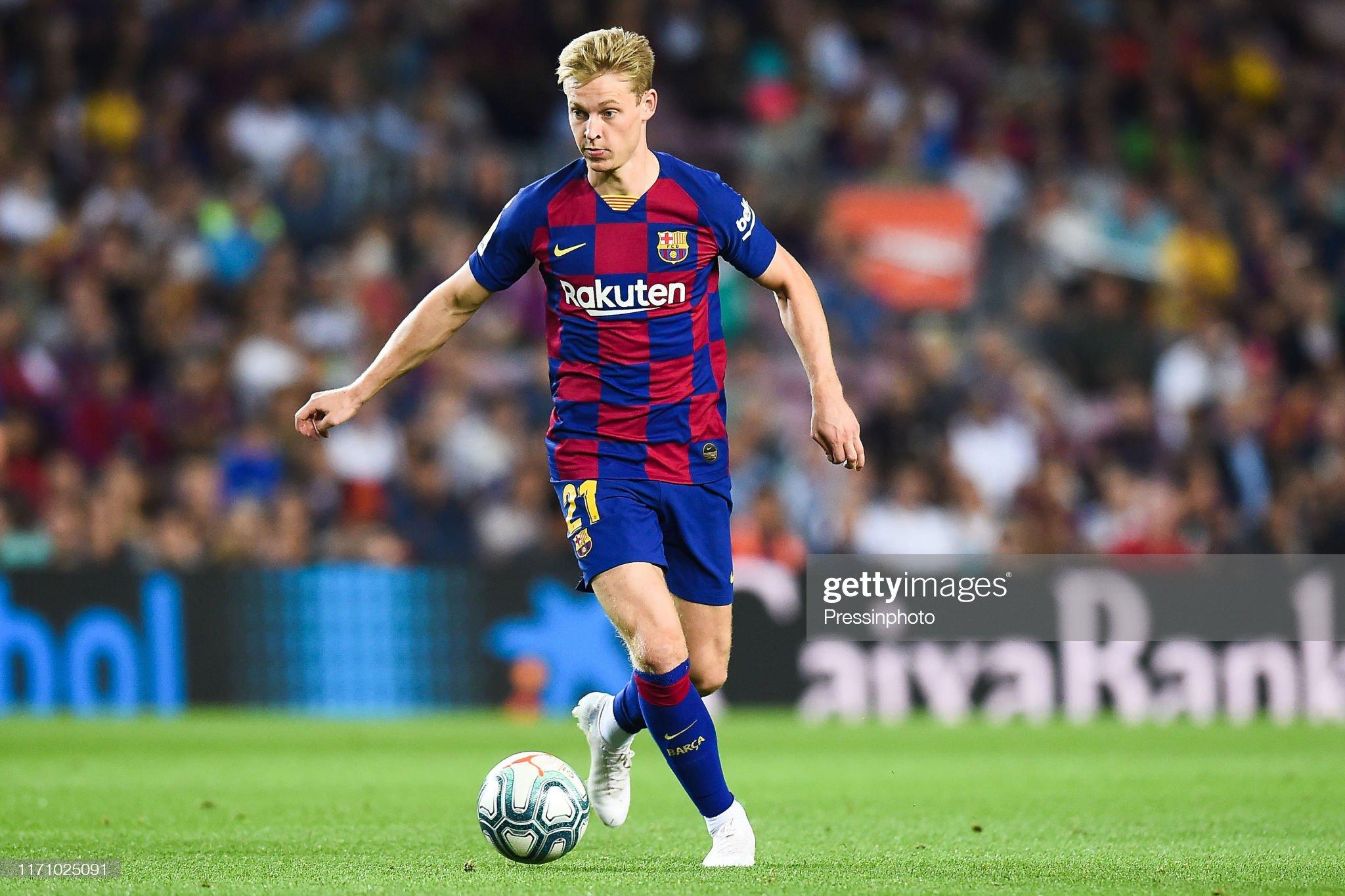 صور مباراة : برشلونة - فياريال 2-1 ( 24-09-2019 )  Frenkie-de-jong-of-fc-barcelona-during-the-liga-match-between-and-picture-id1171025091?s=2048x2048