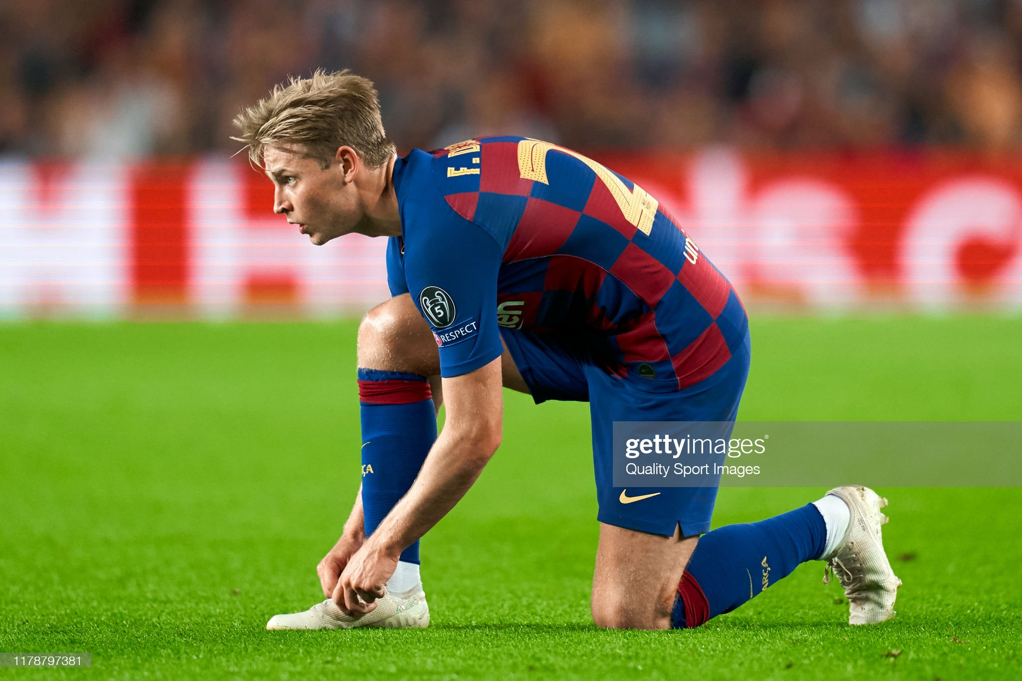 صور مباراة : برشلونة - إنتر 2-1 ( 02-10-2019 )  Frenkie-de-jong-of-fc-barcelona-during-the-uefa-champions-league-f-picture-id1178797381?s=2048x2048