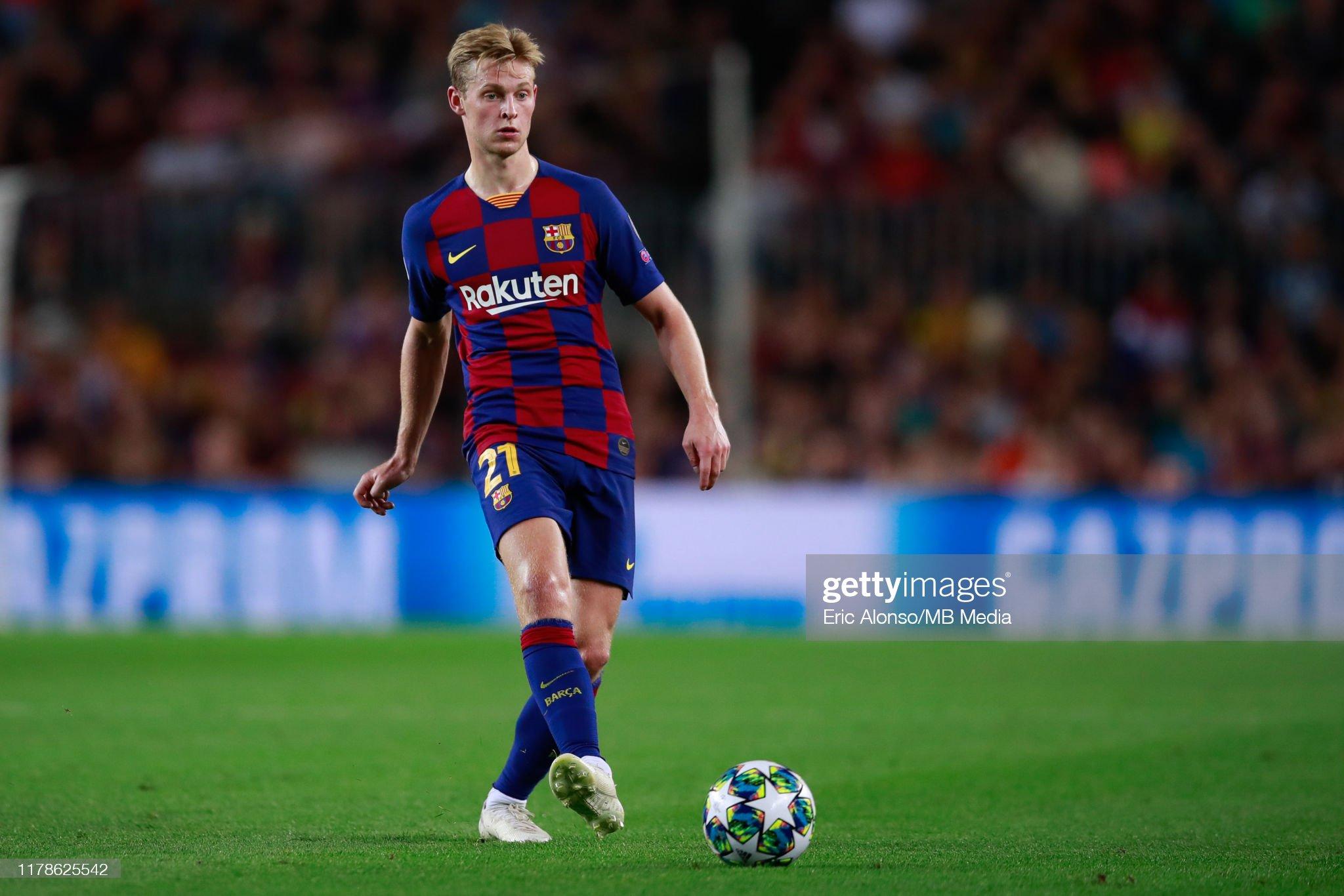 صور مباراة : برشلونة - إنتر 2-1 ( 02-10-2019 )  Frenkie-de-jong-of-fc-barcelona-passes-the-ball-during-the-uefa-f-picture-id1178625542?s=2048x2048