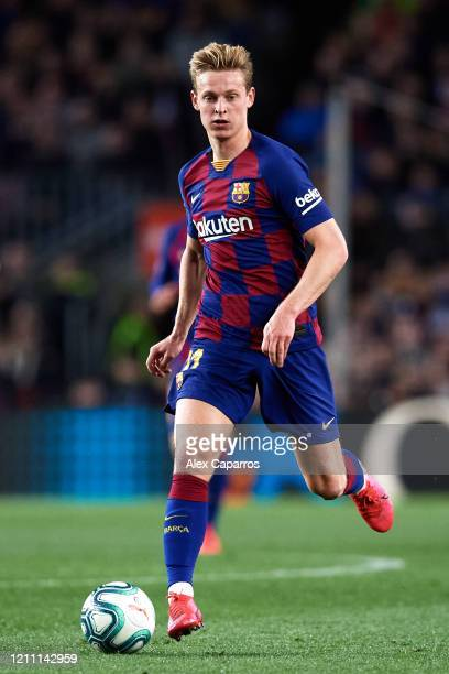 Frenkie De Jong of FC Barcelona runs with the ball during the Liga match between FC Barcelona and Real Sociedad at Camp Nou on March 07 2020 in...