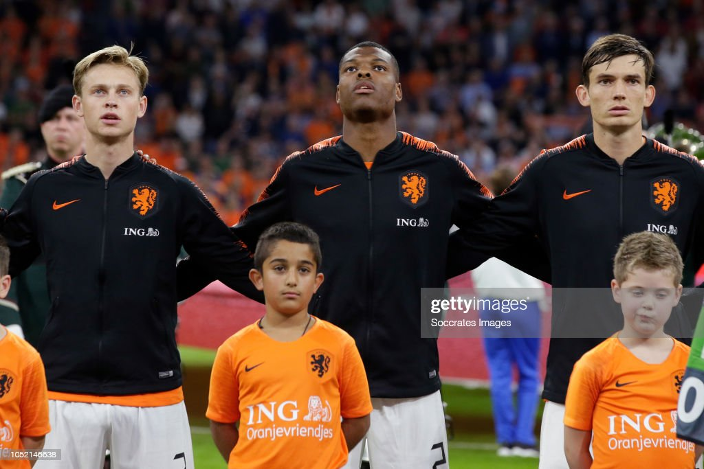 Debate sobre futbolistas - Página 5 Frenkie-de-jong-of-holland-denzel-dumfries-of-holland-marten-de-roon-picture-id1052146638